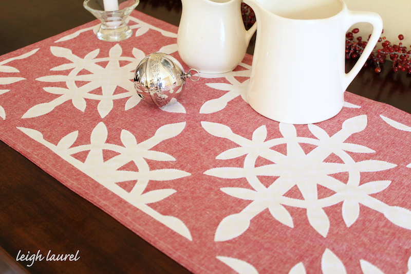 Holiday Table Runner: A Festive and Fun Home Décor DIY