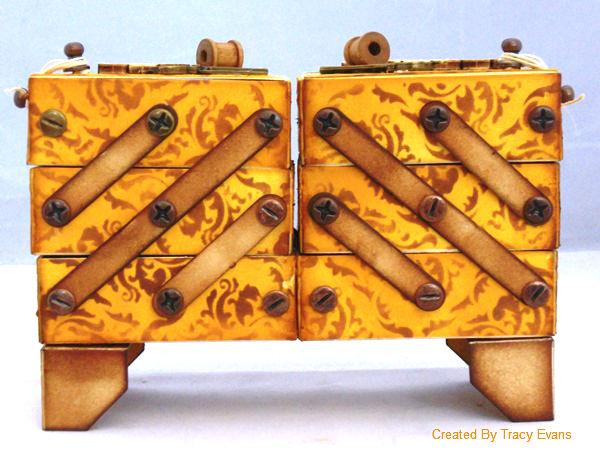 Eileenhullsewingbox