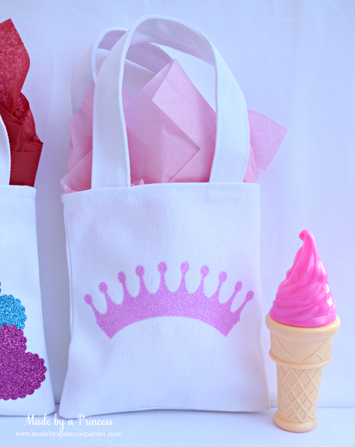 sizzix goody bags with glitter vinyl tiara bag