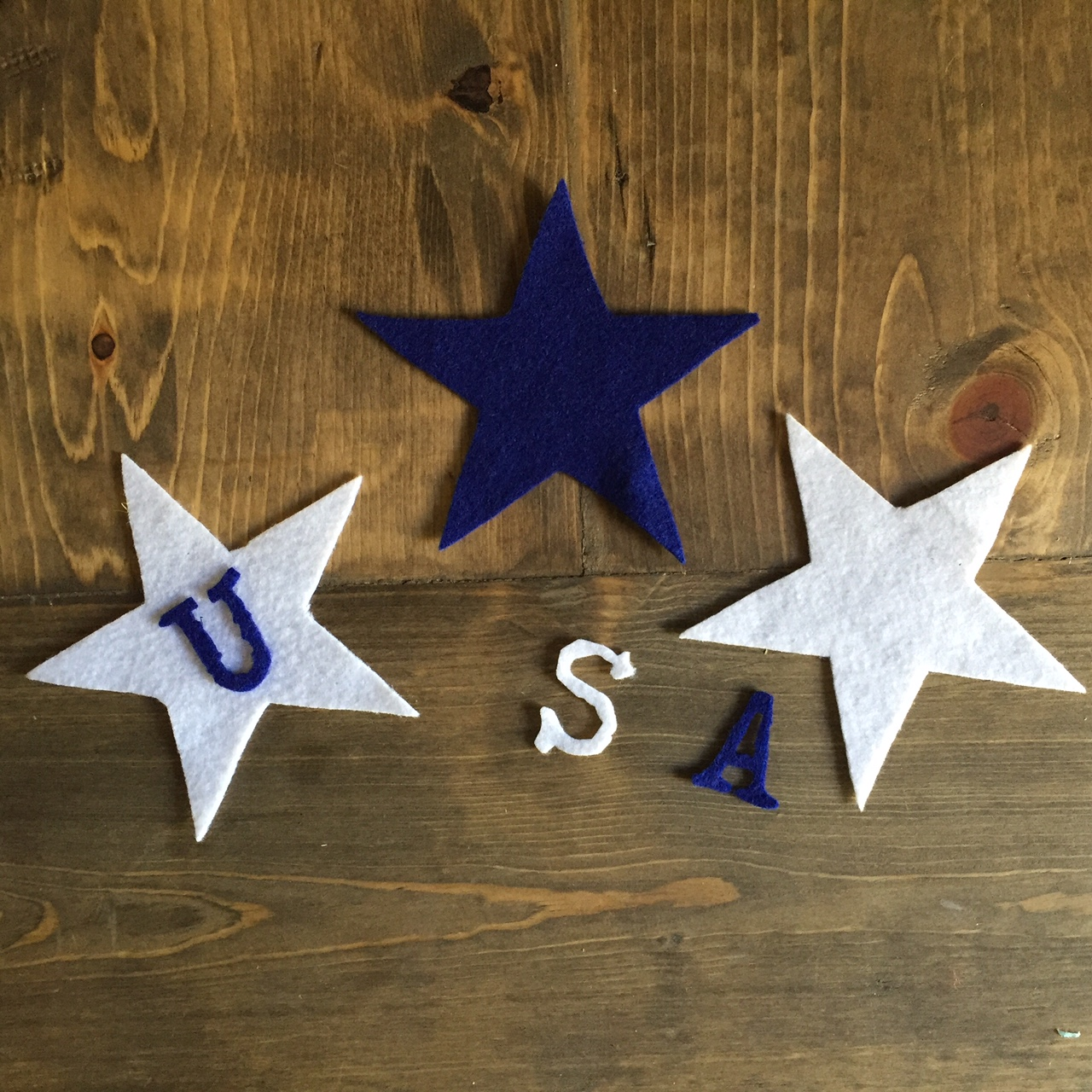 Memorial Day Banner: A Cute 15 Minute Make!