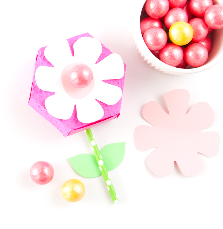 Flower-Treat-Box-10