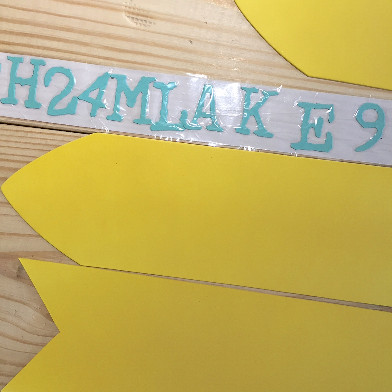 Make a Summer Home Decor Sign in 20 Minutes or Less!