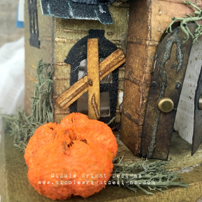 Sizzix Haunted House 14