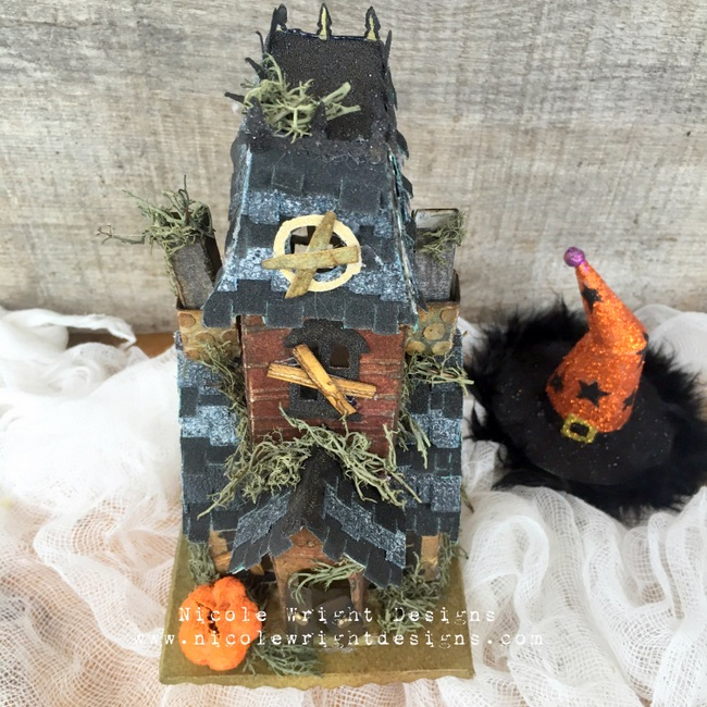 Sizzix Haunted House 16