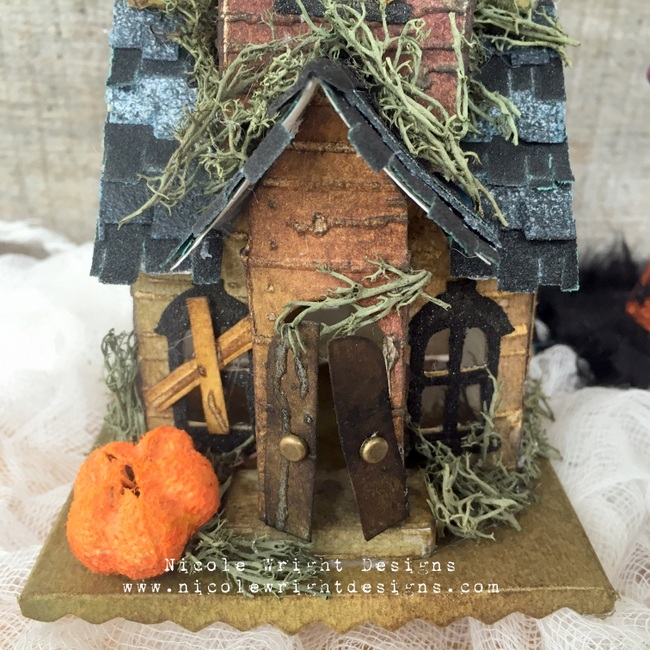 Sizzix Haunted House 9