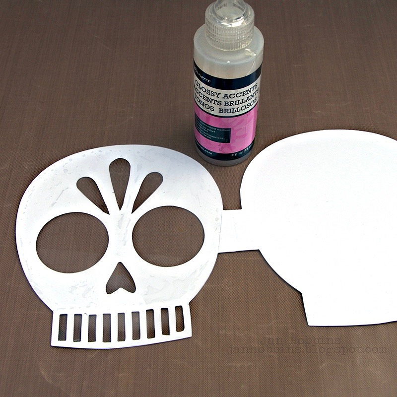 Celebrate Dia de los Muertos With This Sweet Sugar Skull Shaker!