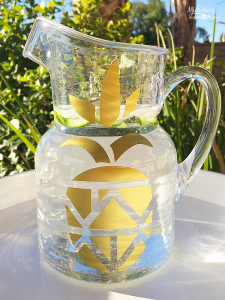 https://www.sizzix.com/wp/wp-content/uploads/2016/12/pineapple-pitcher-225x300.png