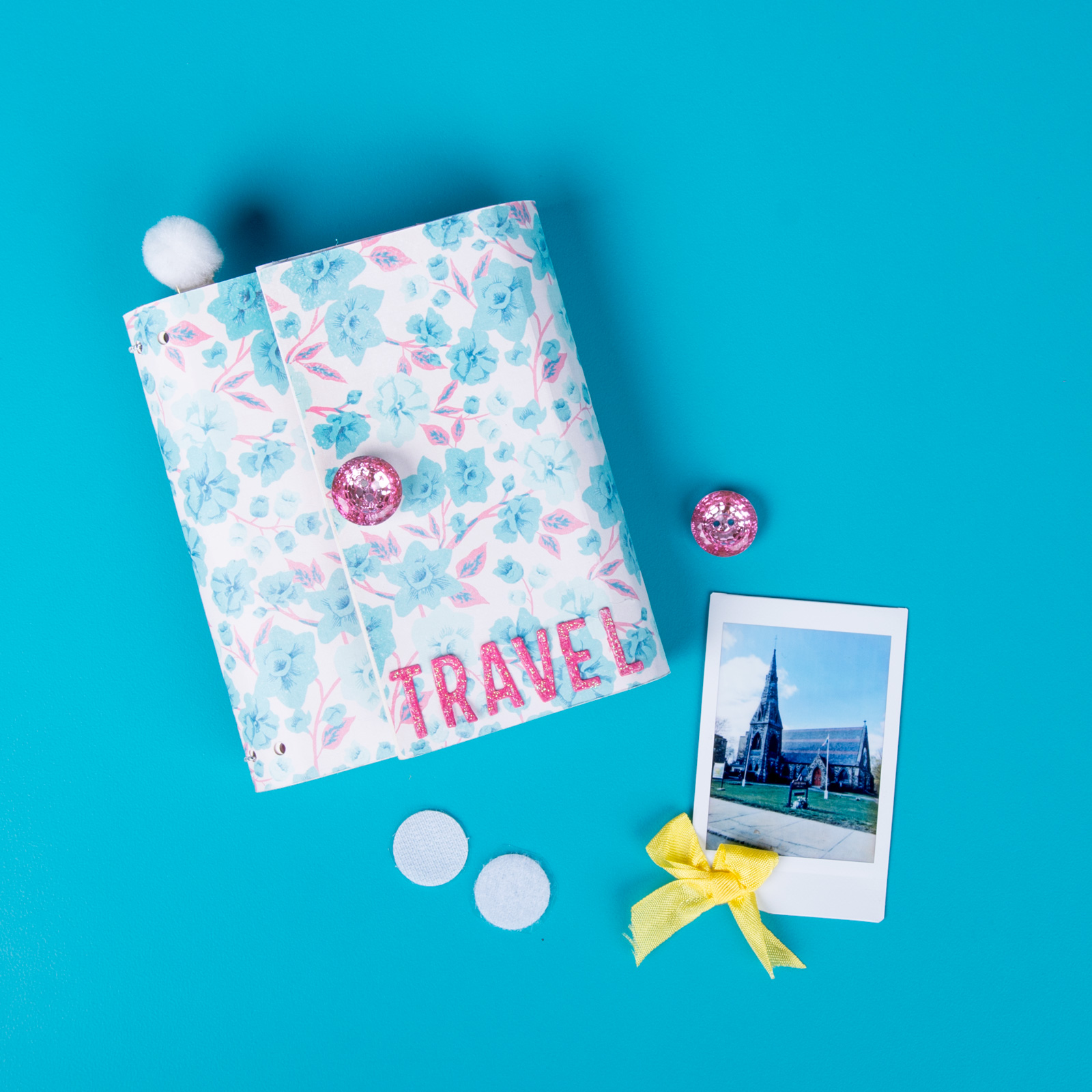 cherish your summer trips with this diy travel diary