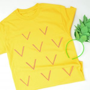 https://www.sizzix.com/wp/wp-content/uploads/2019/09/Pineapple-Costume-300x300.jpg