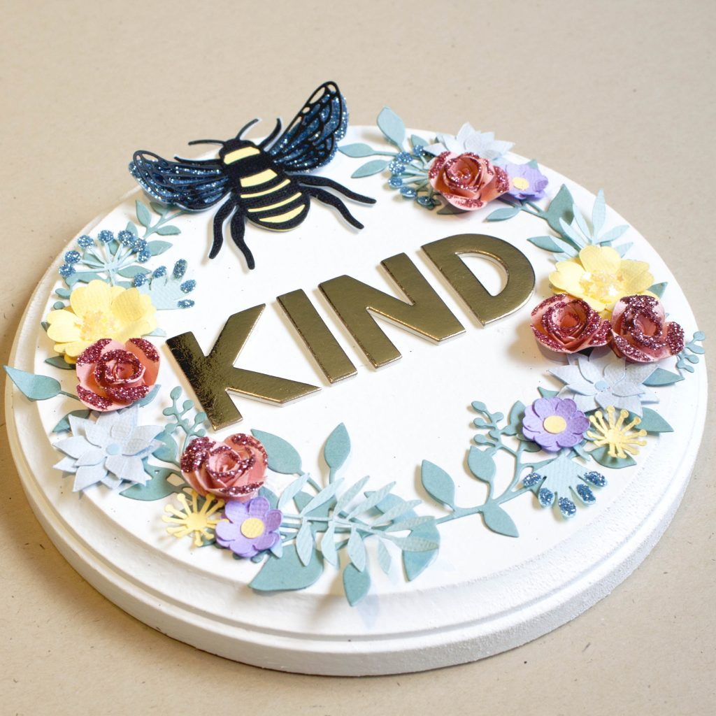 """""""Bee"""" Kind Spring Home Decor"""